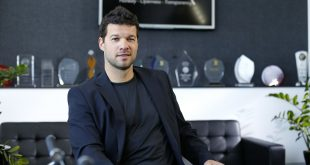 HotForex sign-up Germany legend Michael Ballack for Trading Tips!
