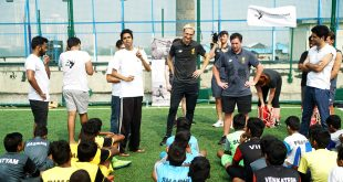 Liverpool FC Legends have a ball in India's financial capital Mumbai!