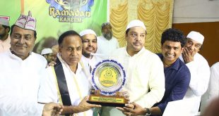 Mohammedan Sporting confers Manas Bhattacharya with Shan-e-Mohammedan!