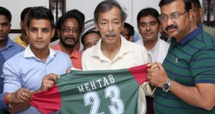 Former India midfielder Mehtab Hossain announces on social media he will retire after CFL!