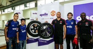 Former Manchester United stalwarts Dwight Yorke & Wes Brown meet Chennaiyin FC stars!