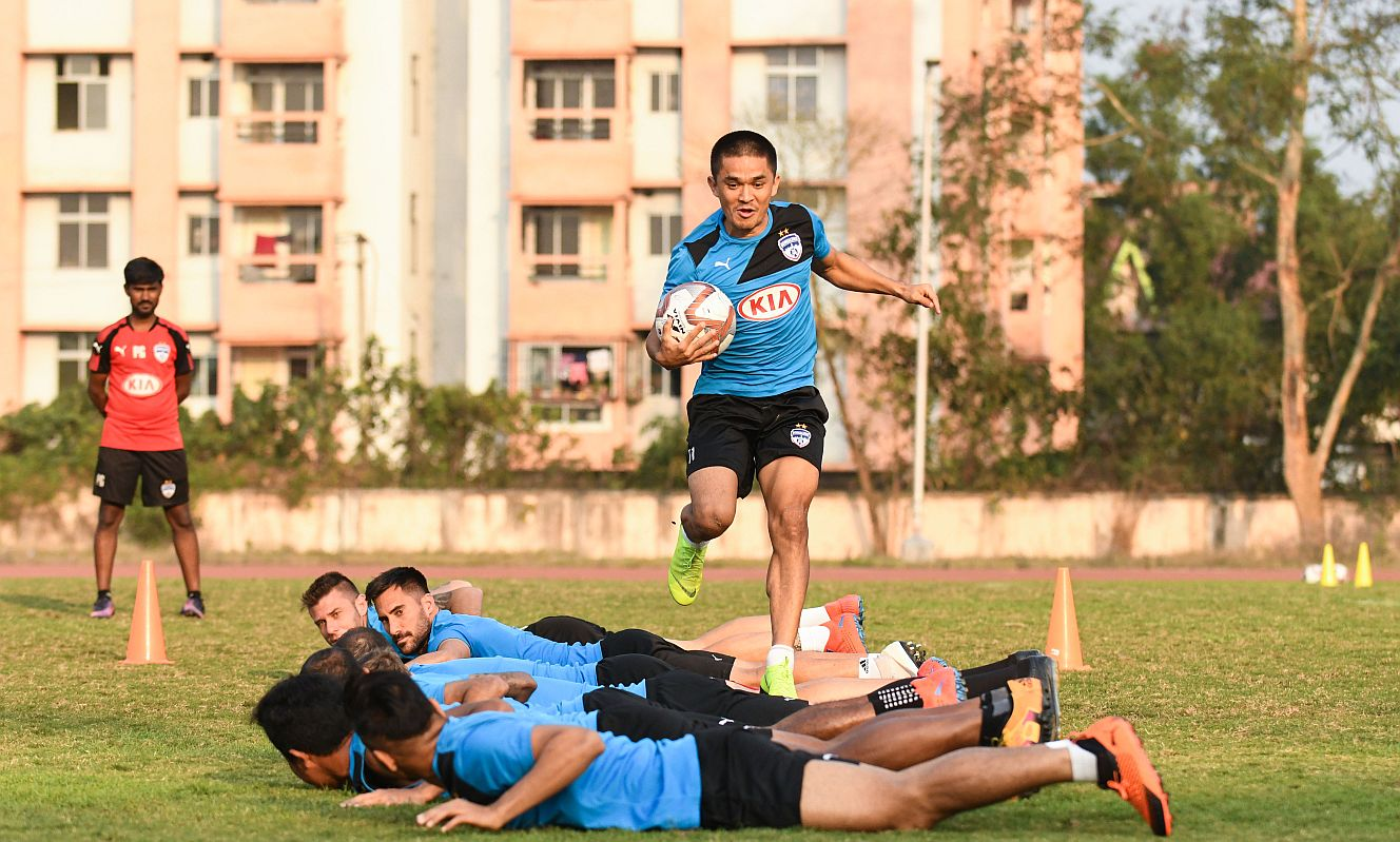 2d0b2d399 ISL playoff cracker on cards as Bengaluru FC face off against NorthEast  United FC!