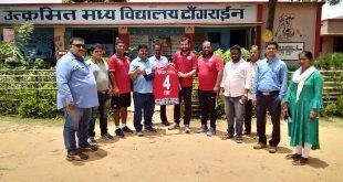 Jamshedpur FC officials visit Utkramit Madhya Vidyalaya in Tangrine, Potka!
