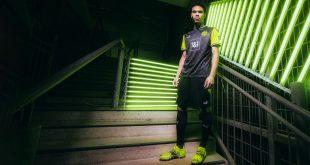 PUMA & Borussia Dortmund launch special edition retro jersey!