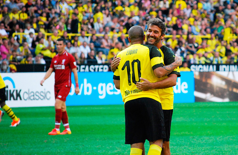 Borussia Dortmund's Season Opening pleases young and old ...