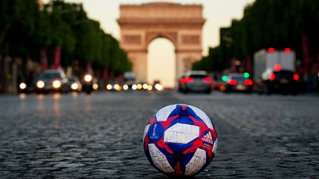 Tricolore 19 – the Official Match Ball for the Knockout ...