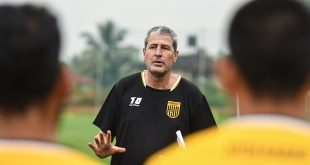 Manolo Marquez takes charge of Hyderabad FC's pre-season training!