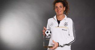 Anja Zivkovic wins the 2020 German Football Ambassador award!