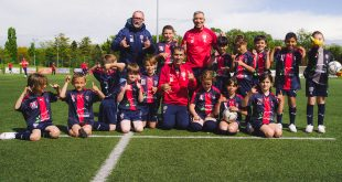 Antoine Griezmann gives back to children from his hometown club UF Maconnais!